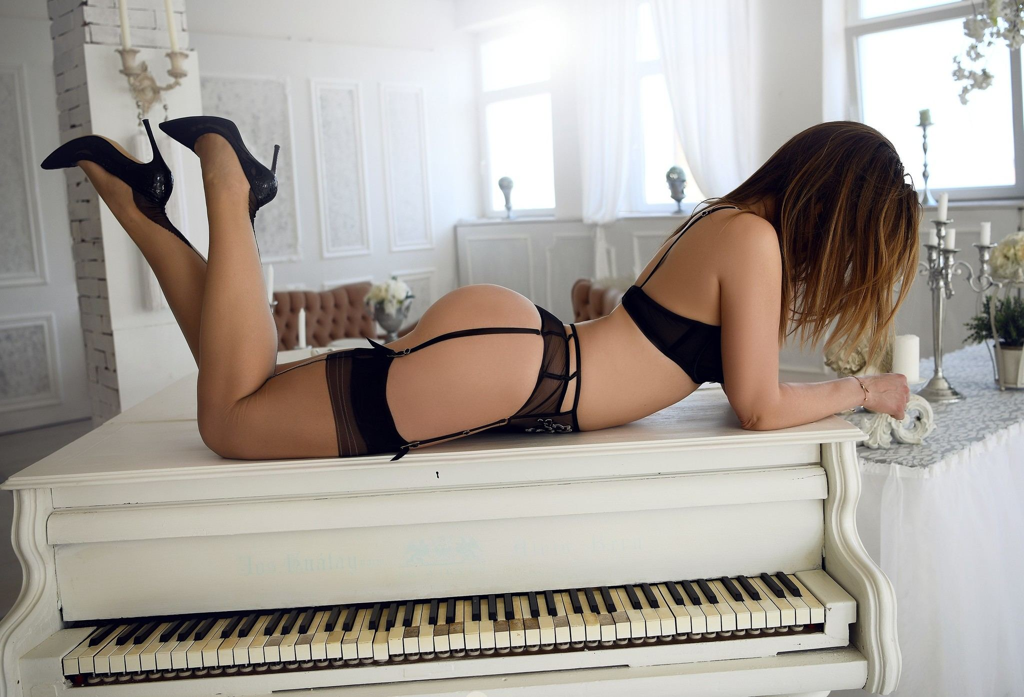 Vancouver female escorts